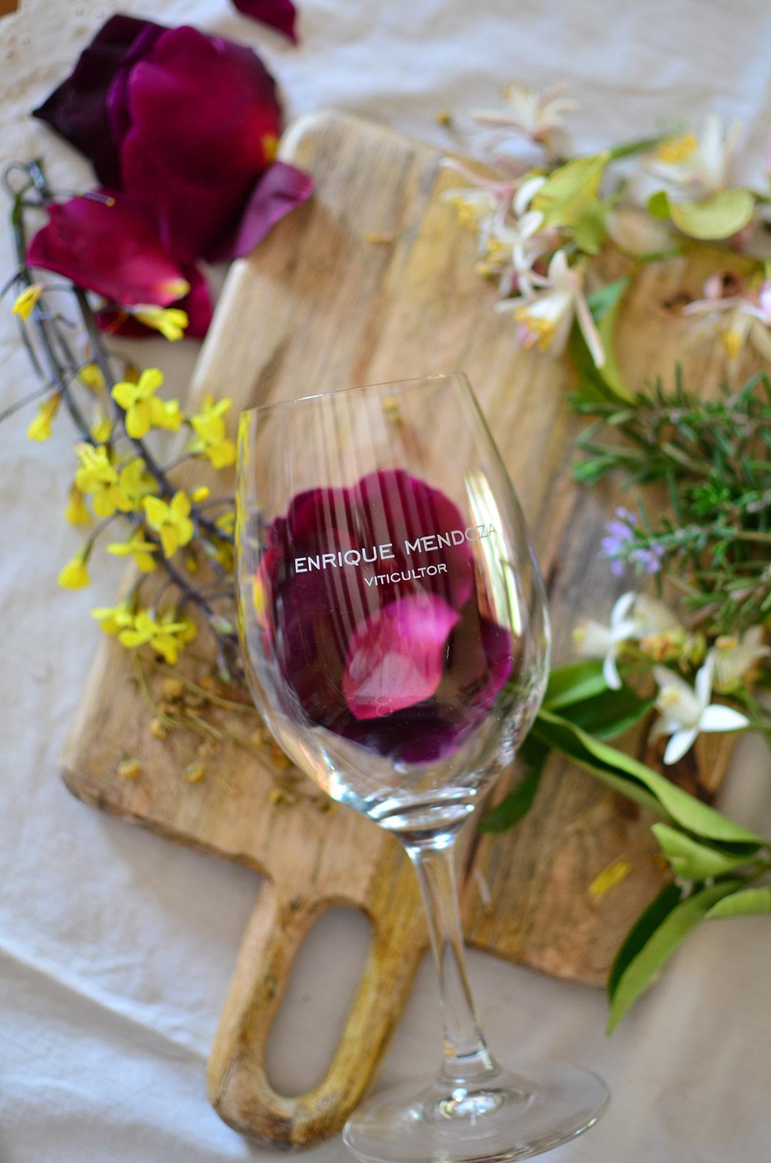 Mayo, el mes de las flores - Y del vino -